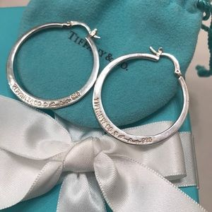 TIFFANY & CO ELSA PERETTI HOOP EARRINGS